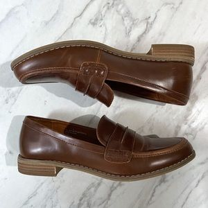 Universal Thread Brown Faux Leather Loafers Shoes